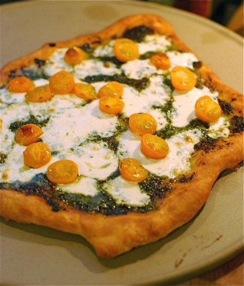 pesto mozzarella tomato pizza ingredients 3 ¼ cups perfect pizza ...