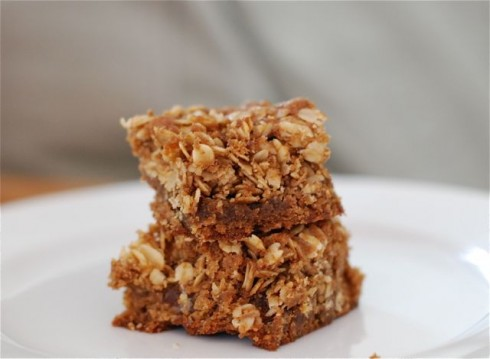 Oatmeal Streusel Blondies via The Naptime Chef