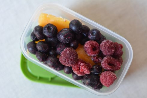 Packing Fruit in Lunchboxes | The Naptime Chef